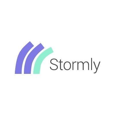 Logo de Stormly